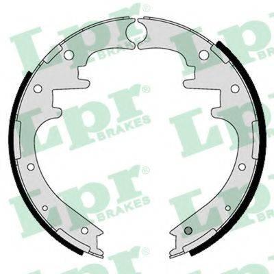 Комплект тормозных колодок LPR 01125